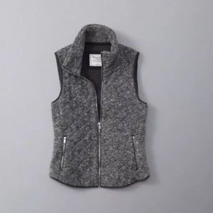 Abercrombie & Fitch Grey Quilted Vest